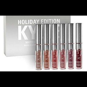 Kylie Holiday Kit Matte Liquid Lipsticks & Gloss
